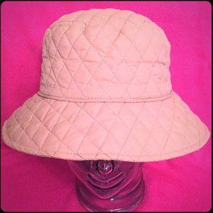 🆕 Nine West Reversible Rain Hat
